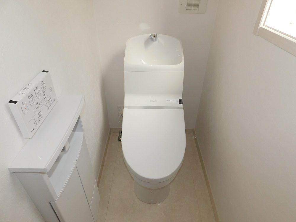 A号棟・2階 トイレ