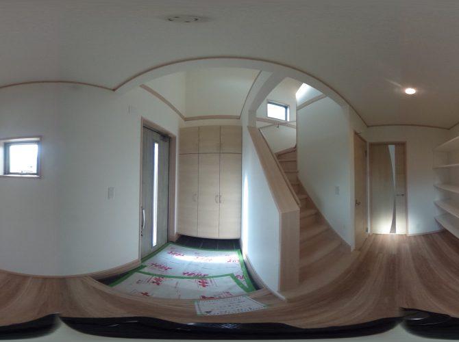 F号棟・モデルハウス 玄関