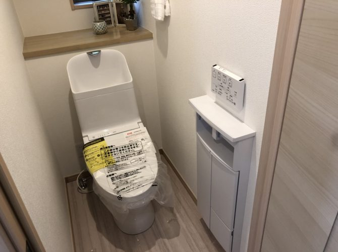 現地 F区画・モデルハウス・トイレ写真(2020年7月撮影)