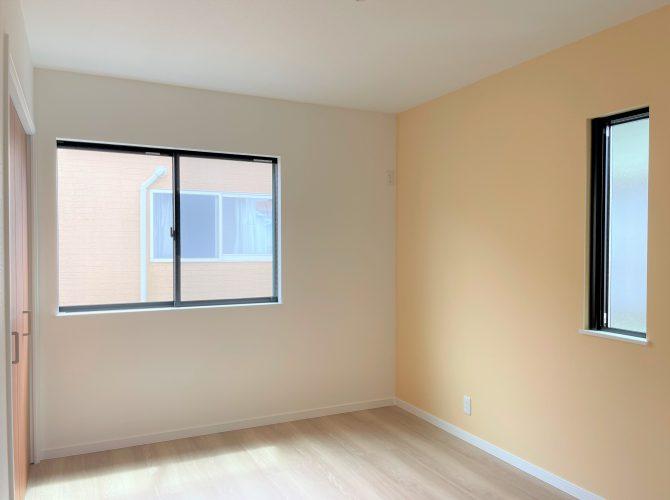 2階 6畳洋室(2021年9月撮影)